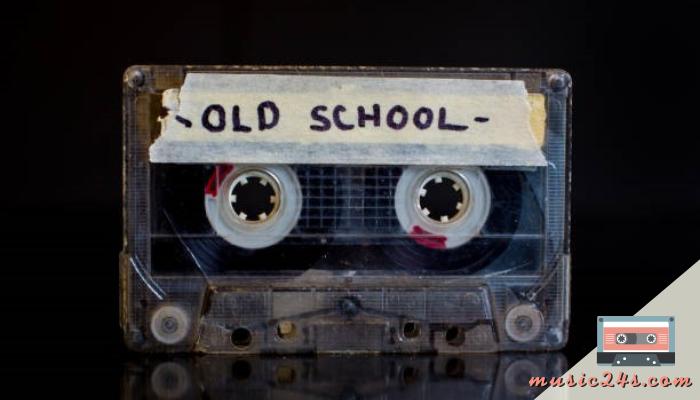 Old School Hiphop คืออะไรมีการตีความของคำว่า Old School ไว้แล้วแบบไม่ว่าจะเป็นการทำแนวเพลงในแบบย้อนยุคการทำจังหวะในแบบดั้งเดิม